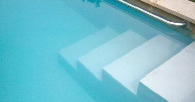 Eau trouble piscine